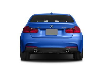 Rear Profile  2015 BMW 335