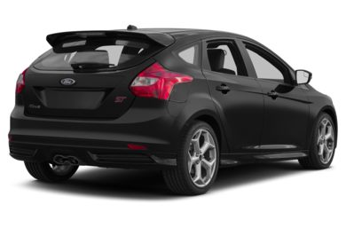 3/4 Rear Glamour  2013 Ford Focus ST