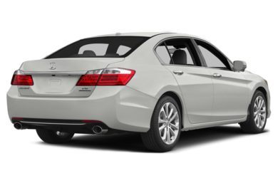 3/4 Rear Glamour  2013 Honda Accord