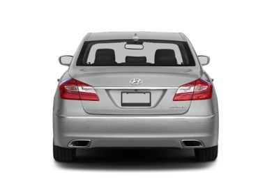 Rear Profile  2013 Hyundai Genesis Sedan