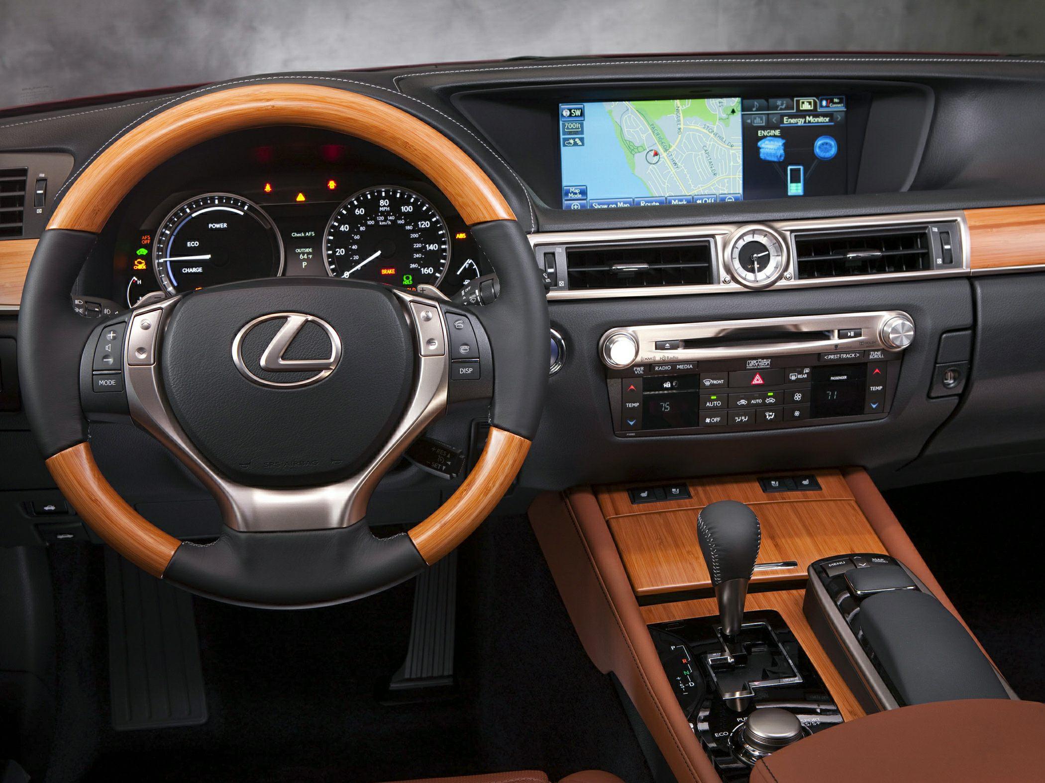 2014 Lexus GS 450h Glamour Interior