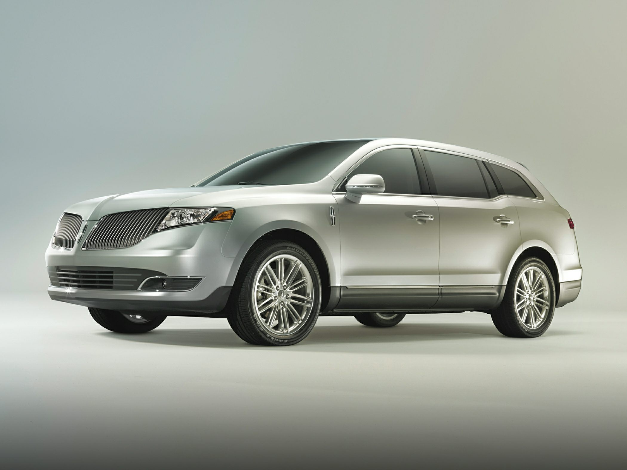 2014 Lincoln MKT Glamour