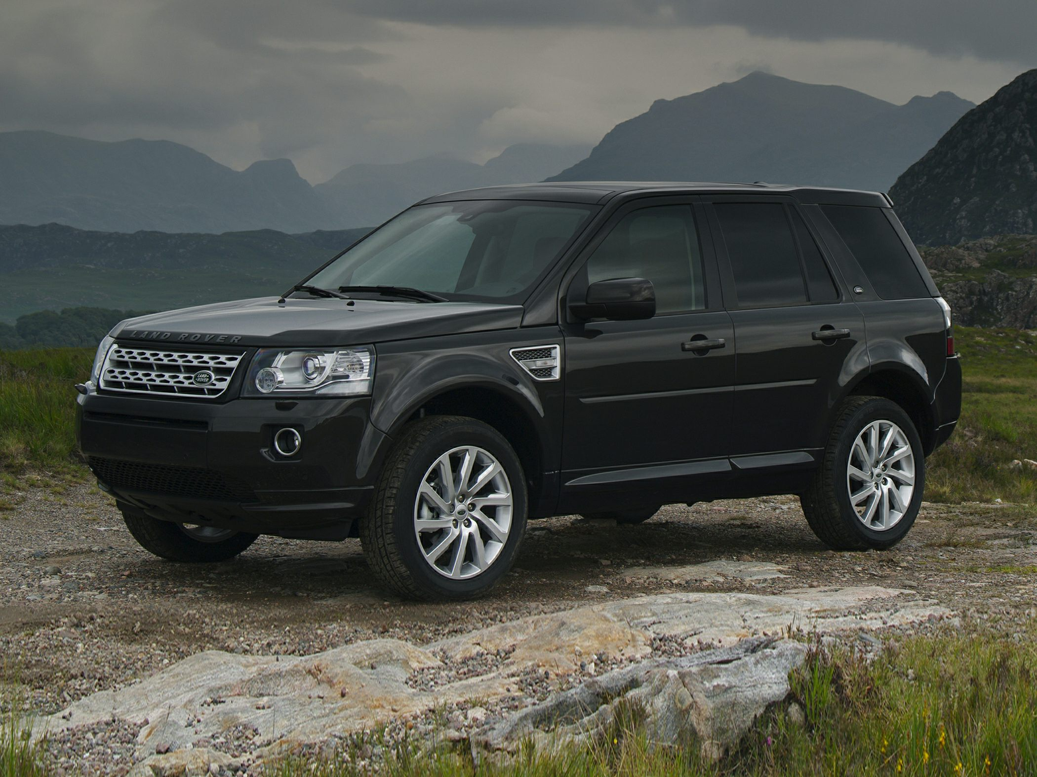 2014 Land Rover Glamour Exterior