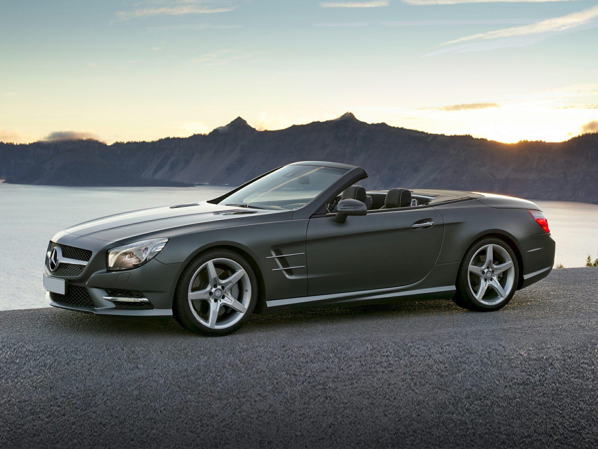 Mercedez-Benz SL550 Exterior