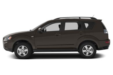 90 Degree Profile 2013 Mitsubishi Outlander