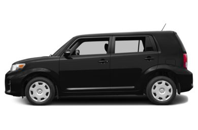 90 Degree Profile 2015 Scion xB