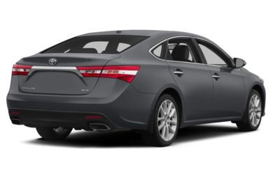 3/4 Rear Glamour  2014 Toyota Avalon