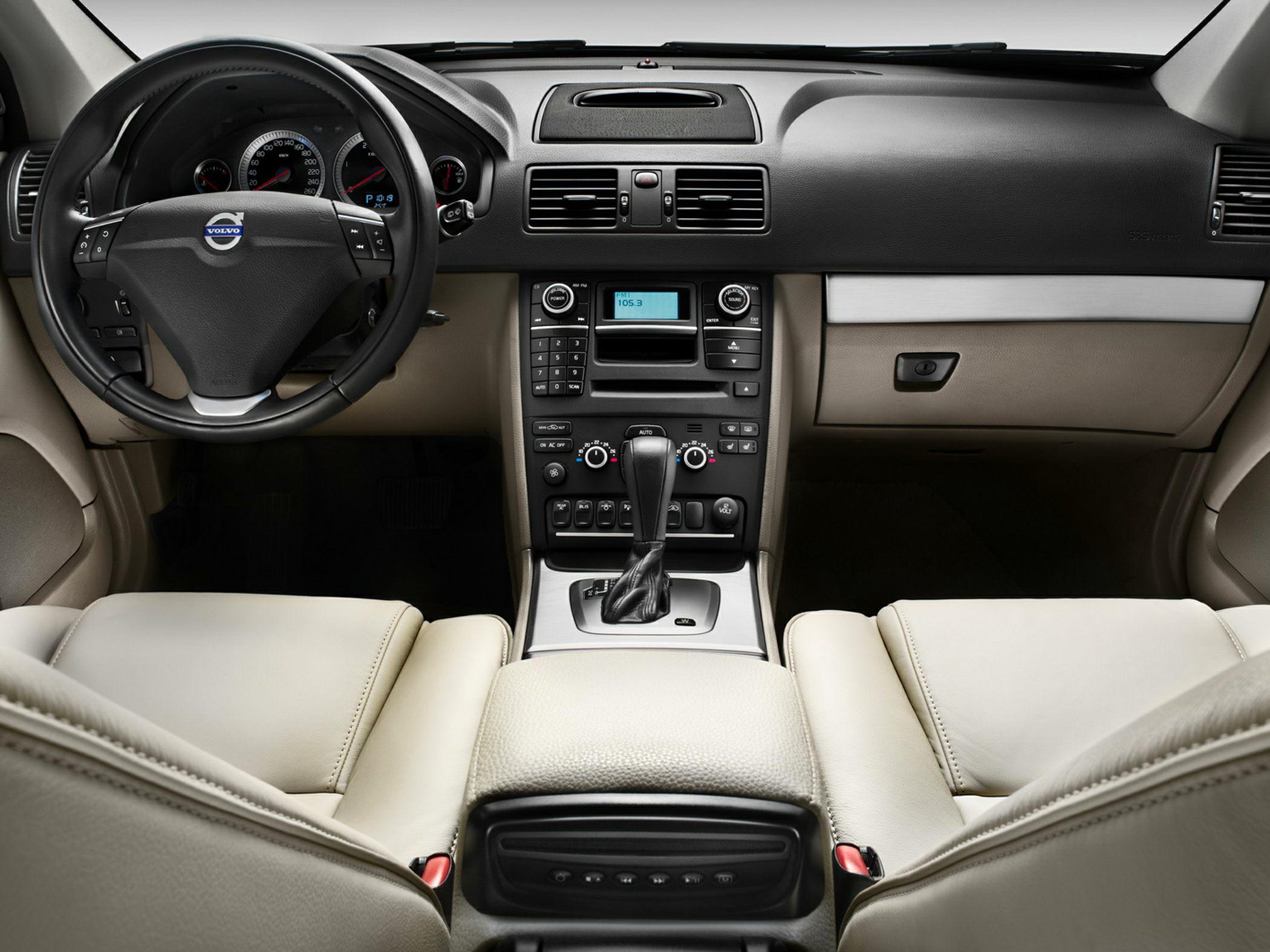 2014 Volvo XC90 Glamour Interior