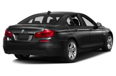 3/4 Rear Glamour  2015 BMW 535d