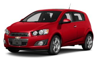 3/4 Front Glamour 2014 Chevrolet Sonic