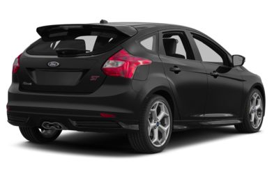 3/4 Rear Glamour  2014 Ford Focus ST