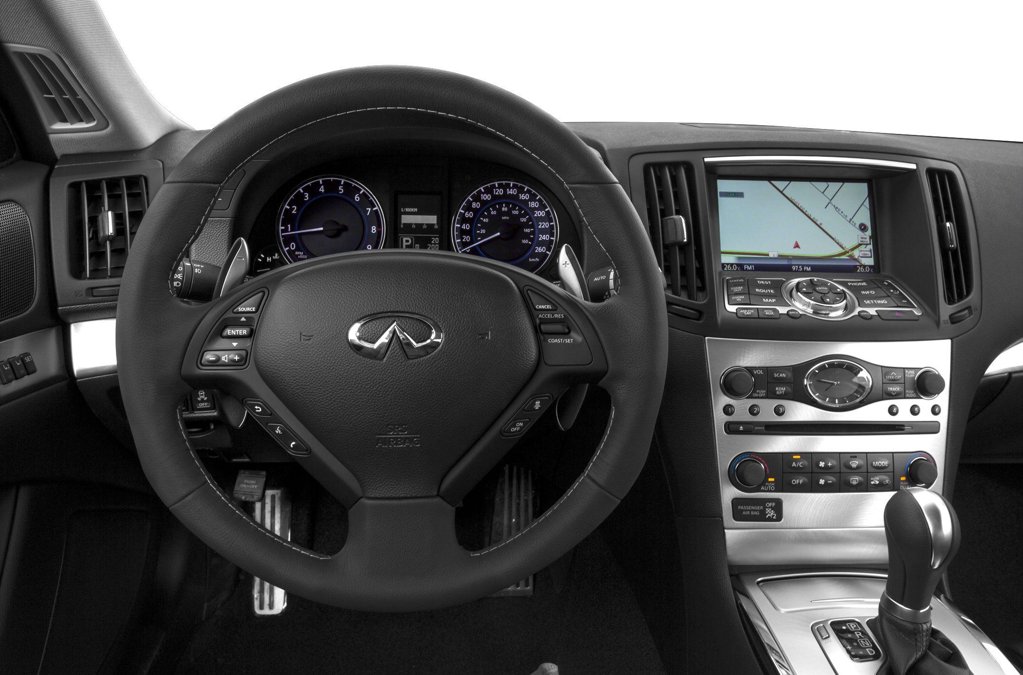 2014 Infiniti Q60 Interior