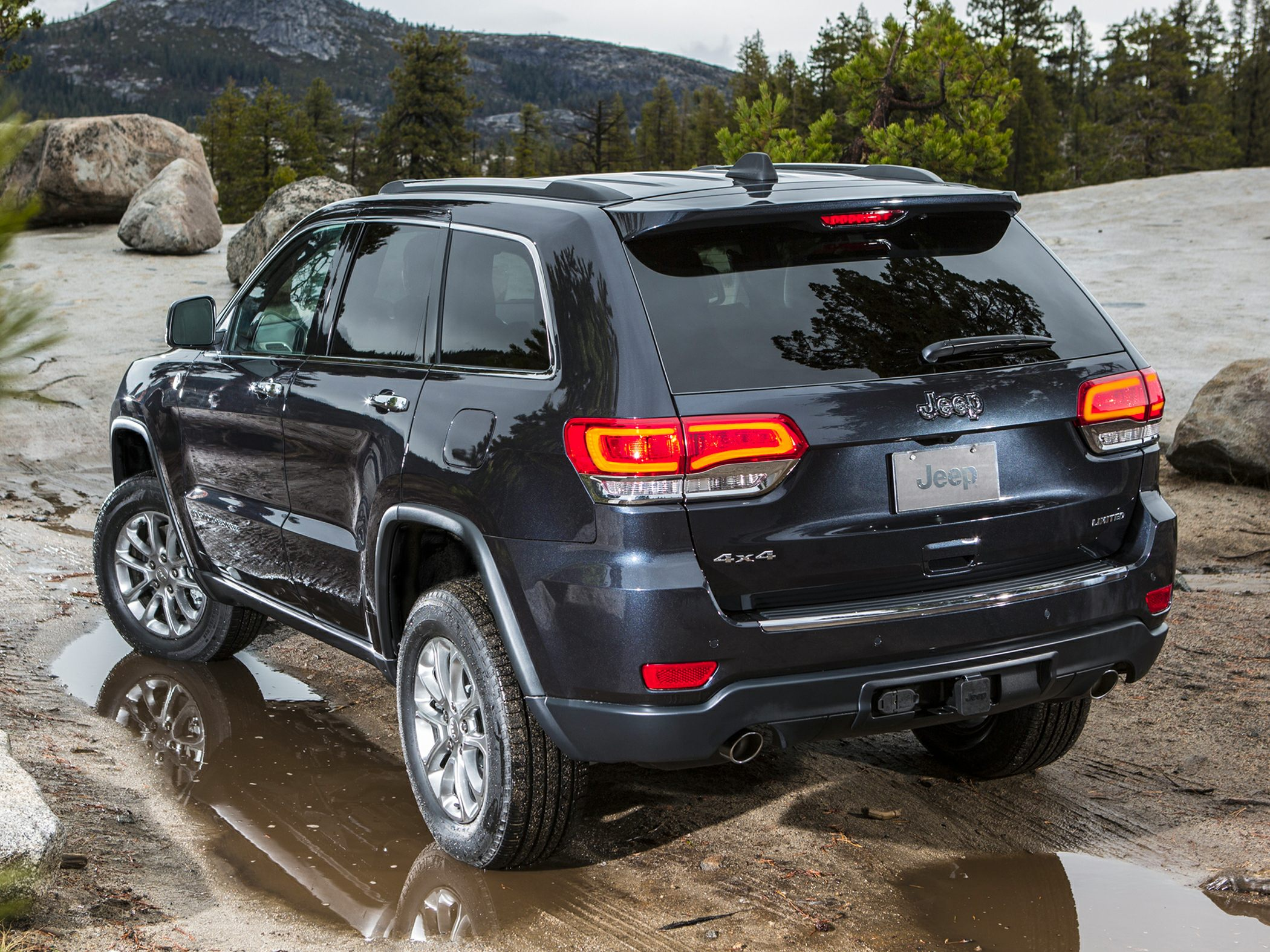 2014 Jeep Grand Cherokee Glamour Exterior