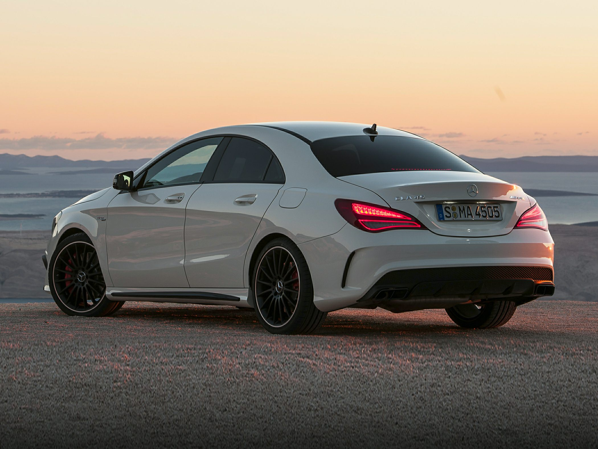 2016 Mercedes Benz Cla45 Amg Styles Features Highlights