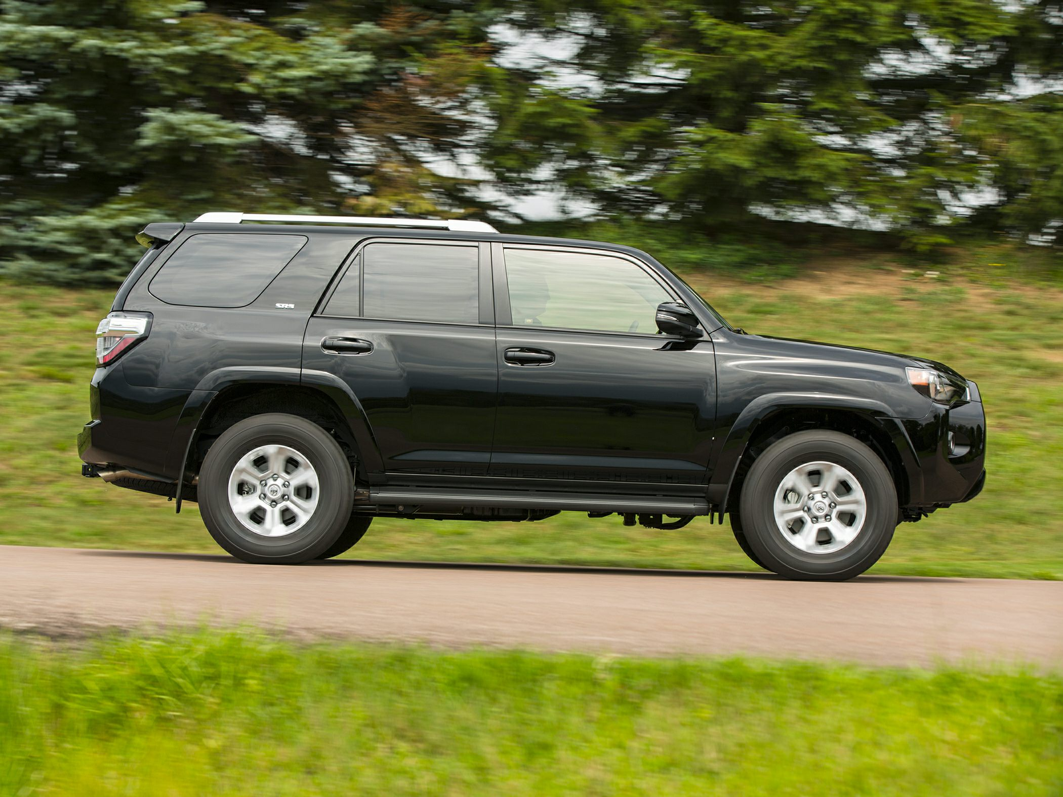 2016 toyota 4runner styles features highlights. Black Bedroom Furniture Sets. Home Design Ideas
