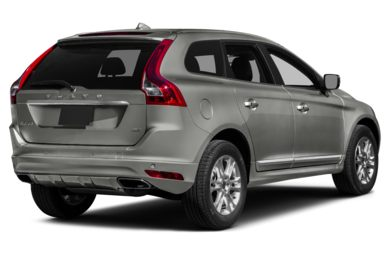 3/4 Rear Glamour  2016 Volvo XC60