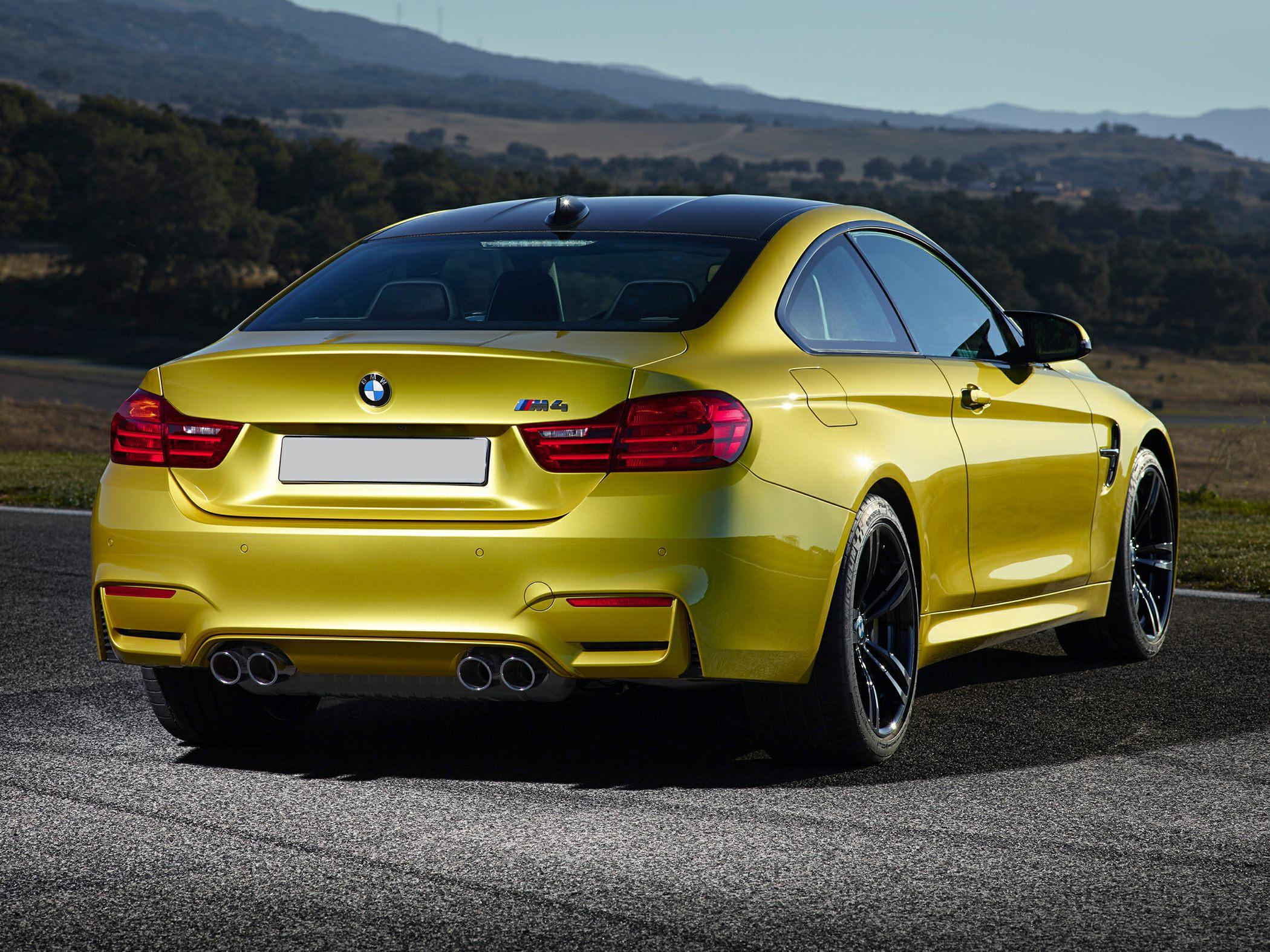 2015 BMW M4 Rear