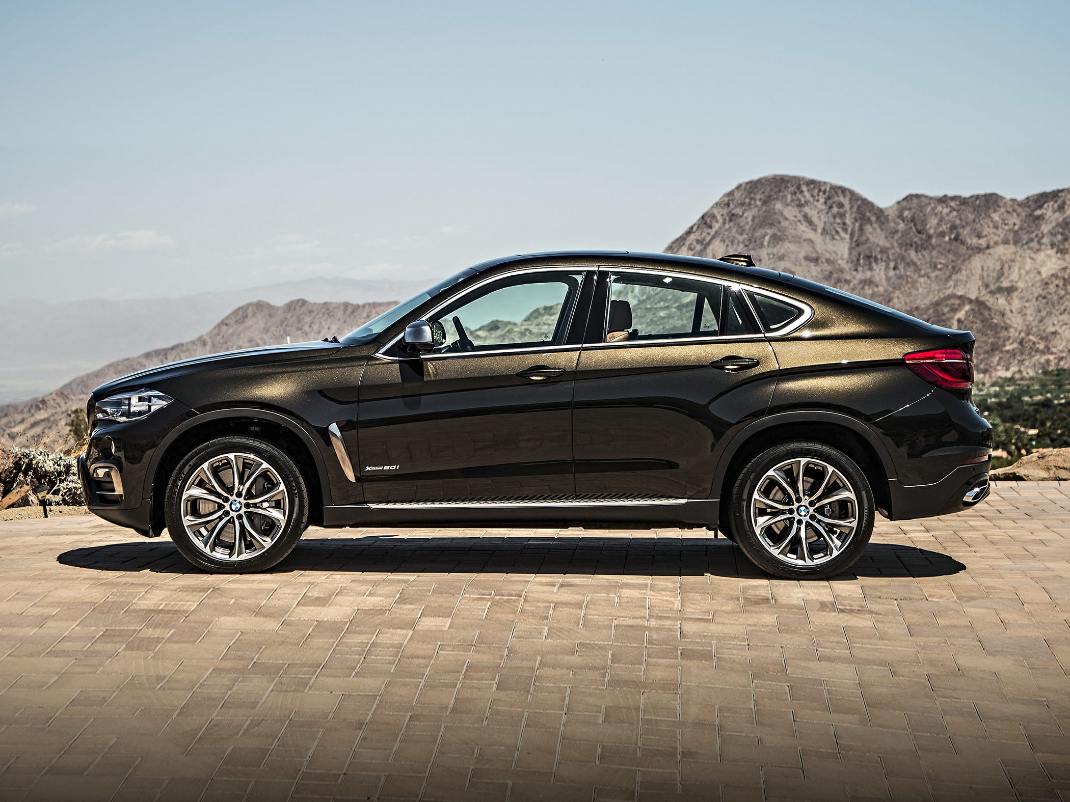 2017 bmw x6 deals prices incentives leases overview carsdirect. Black Bedroom Furniture Sets. Home Design Ideas