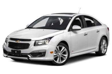 3/4 Front Glamour 2015 Chevrolet Cruze