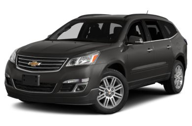 3/4 Front Glamour 2015 Chevrolet Traverse