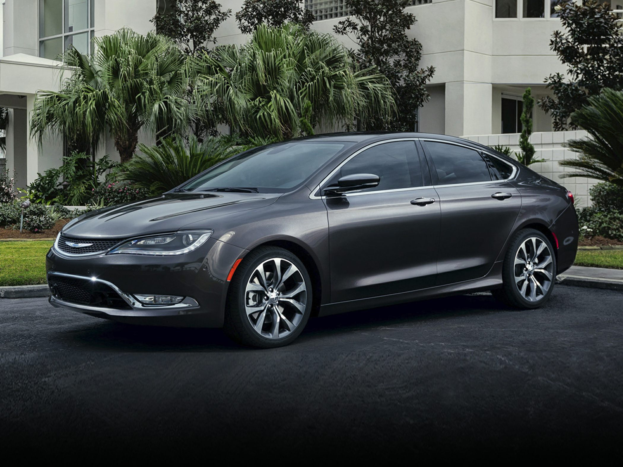 2016 Chrysler 200 Styles Features Highlights