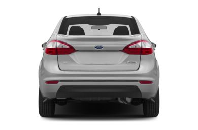 Rear Profile  2015 Ford Fiesta