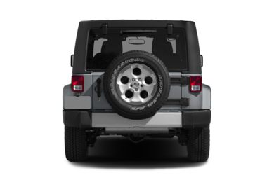 Rear Profile  2015 Jeep Wrangler