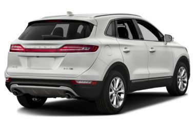 3/4 Rear Glamour  2018 Lincoln MKC