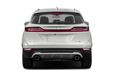 Rear Profile  2015 Lincoln MKC