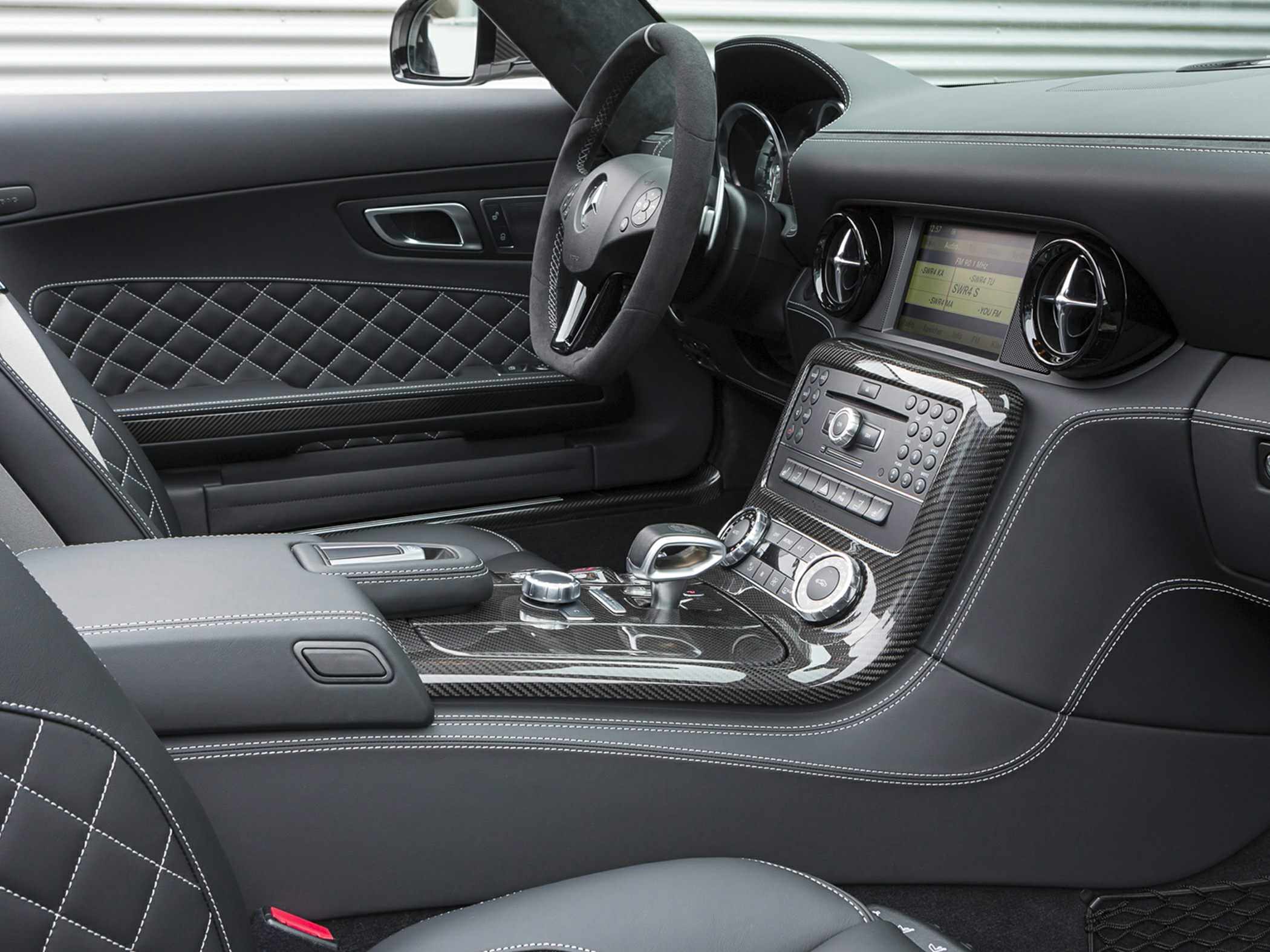 2015 Mercedes-Benz SLS AMG Interior