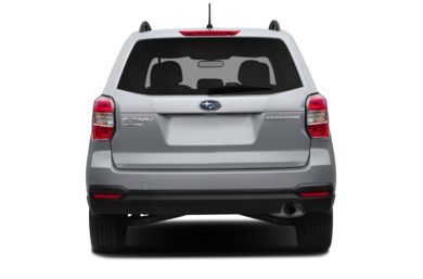 Rear Profile  2015 Subaru Forester