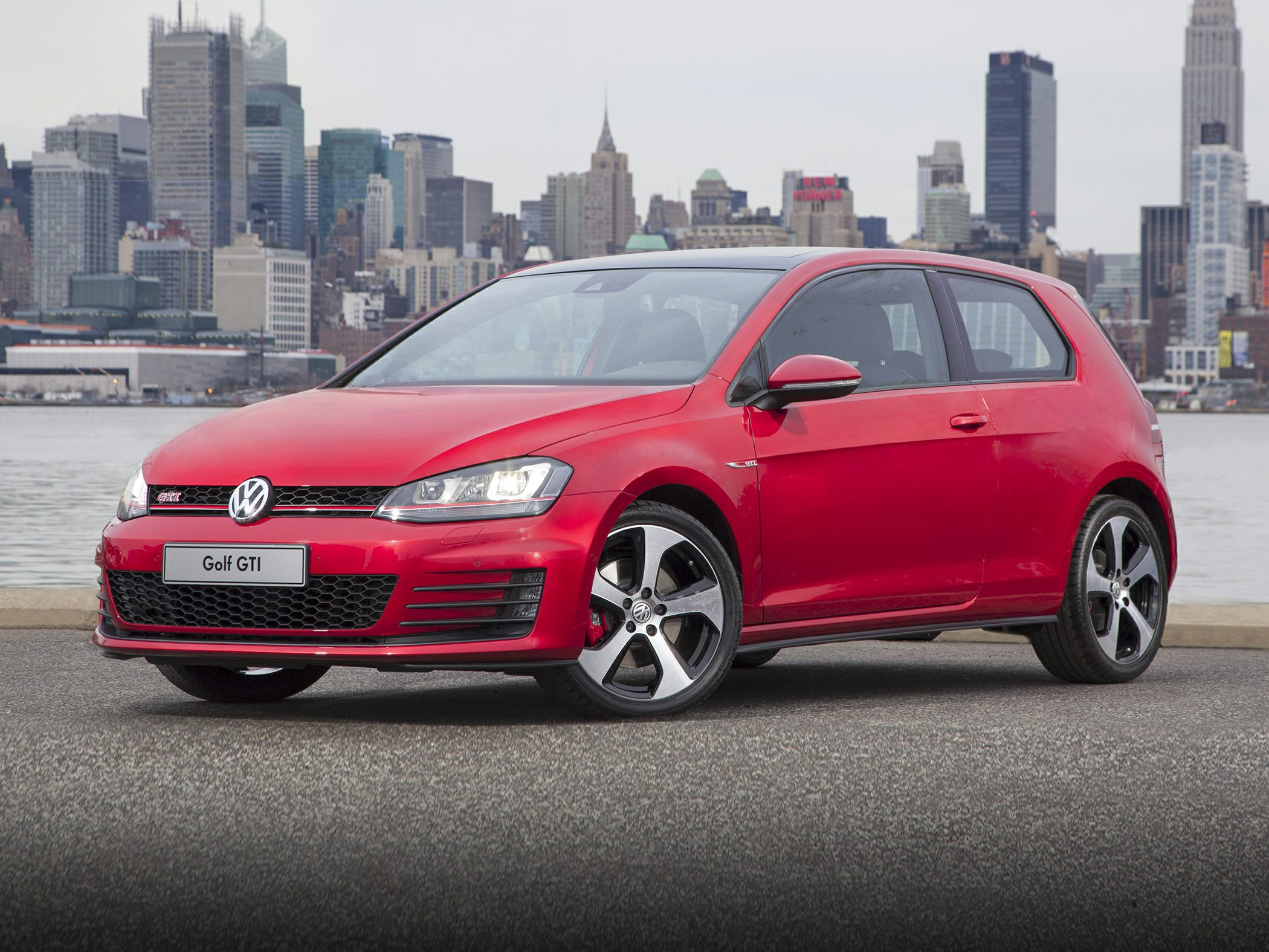2015 Volkswagen GTI Red