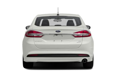 Rear Profile  2018 Ford Fusion