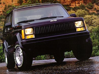 3/4 Front Glamour 1992 Jeep Cherokee