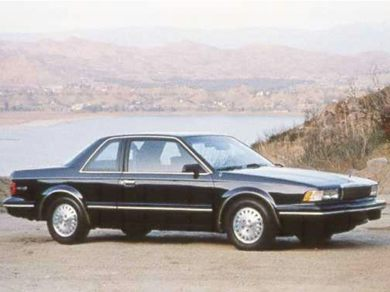 1993 buick century specs safety rating mpg carsdirect. Black Bedroom Furniture Sets. Home Design Ideas