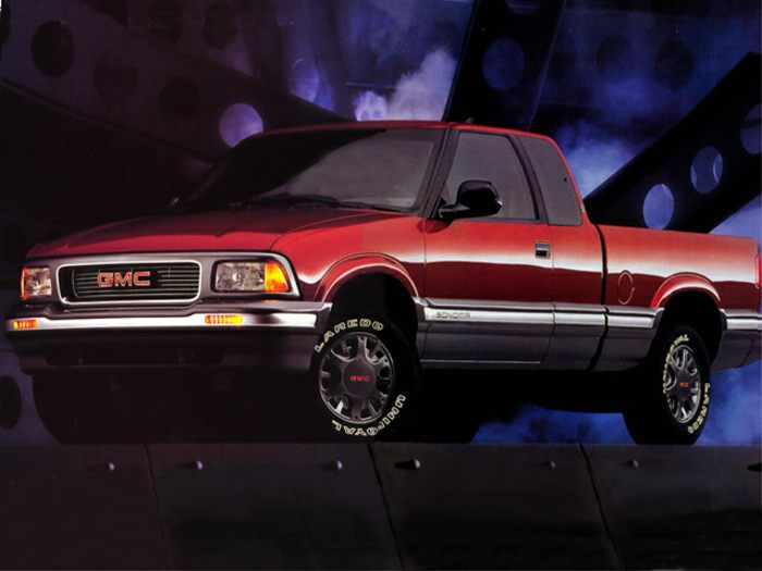 1995 gmc sonoma specs safety rating mpg carsdirect. Black Bedroom Furniture Sets. Home Design Ideas