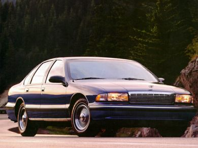 1995 Chevrolet Caprice Specs Safety Rating Amp Mpg Carsdirect