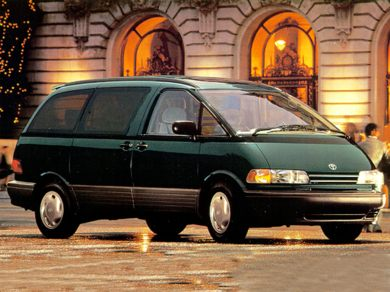 3/4 Front Glamour 1995 Toyota Previa
