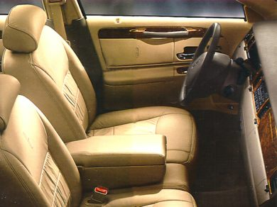 GI 1998 Lincoln Town Car