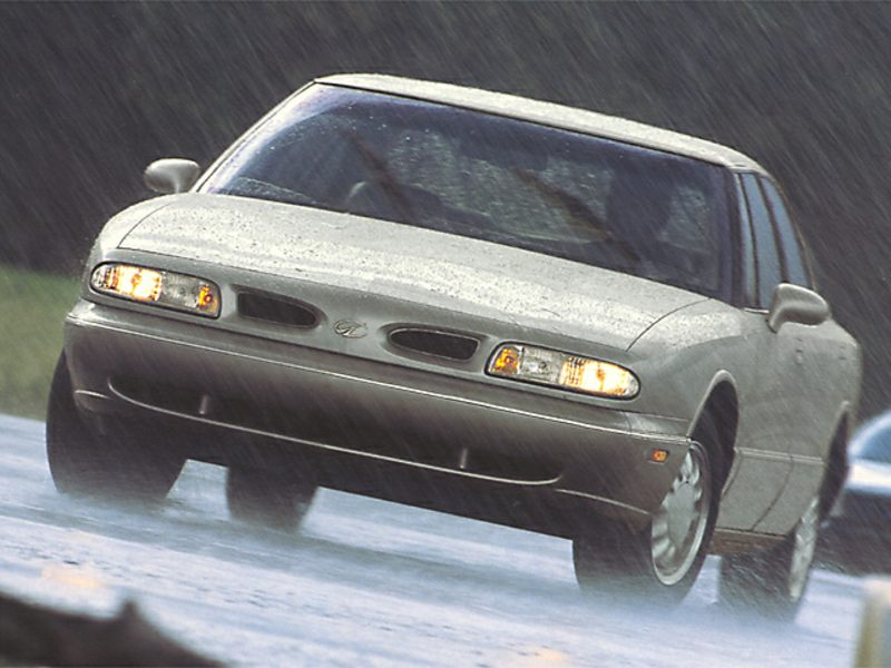 1999 Oldsmobile Eighty-Eight Specs & Specifications - CarsDirect