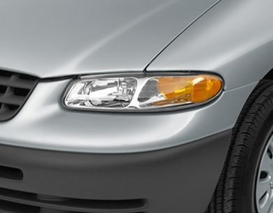Headlamp  2000 Chrysler Voyager