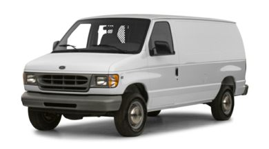 3/4 Front Glamour 2000 Ford E-250