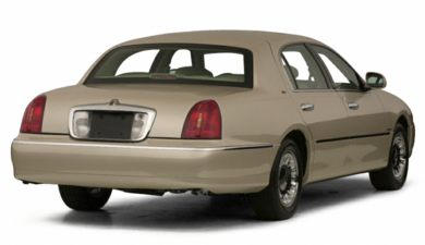 3/4 Rear Glamour  2000 Lincoln Town Car