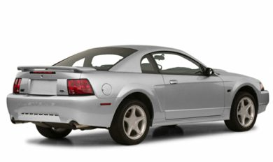 3/4 Rear Glamour  2001 Ford Mustang