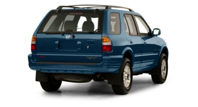 3/4 Rear Glamour  2001 Honda Passport