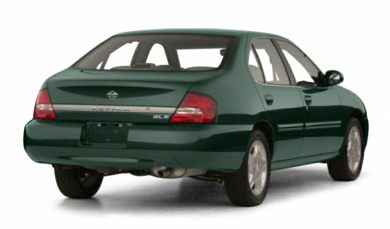 3/4 Rear Glamour  2001 Nissan Altima