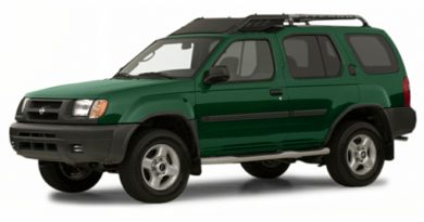 3/4 Front Glamour 2001 Nissan Xterra