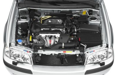 Engine Bay  2001 Volvo V40