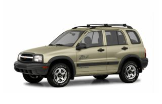 3/4 Front Glamour 2002 Chevrolet Tracker