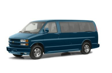 3/4 Front Glamour 2002 Chevrolet Express LT